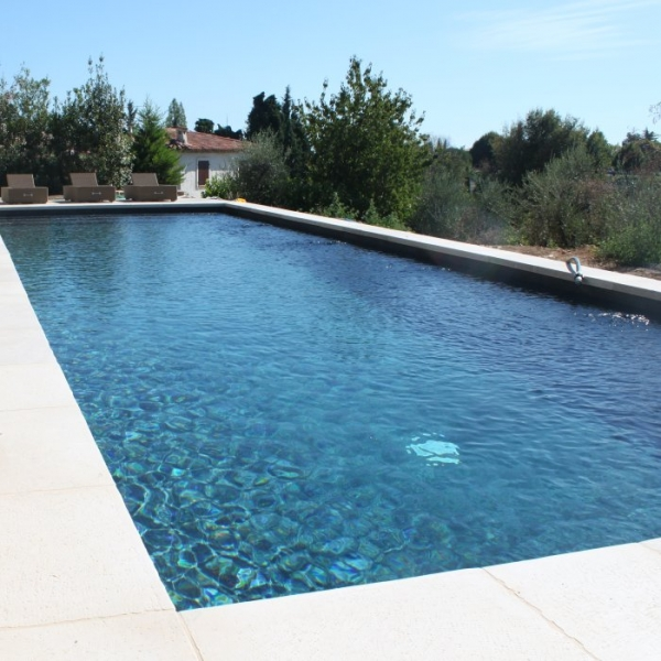 Gris anthracite concept for Carrelage piscine blanc