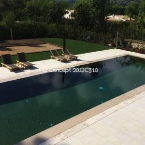Mosaique piscine vert fonc concept for Colle pour mosaique piscine